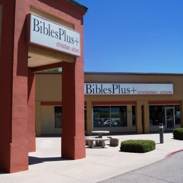 May 2014 - Book signing at Bibles Plus in Albuquerque, NM
