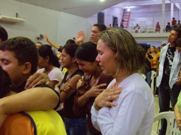 Girls overwhelmed by the Lord's presence in Brazil